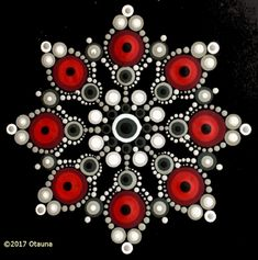 Red and white mandala Dot Art Painting, Rock Painting Designs, Mandala Painting, Mandala Drawing, Painting Patterns, Stone Painting, Mandala Painted Rocks, Mandala Rocks, Christmas Mandala