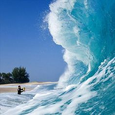 http://news.distractify.com/people/man-who-photos-waves-2/