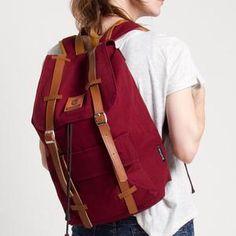 ESGOTADO FINTAGIO QUINTO MAROON Backpacks, Bags, Fashion, Handbags, Moda, Fashion Styles, Backpack, Fashion Illustrations, Backpacker