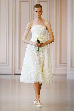 A cute tea length wedding dress by Oscar de la Renta, Spring 2016