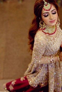 Best Wedding Photographers from India - Dulhaniyaa Pakistani Wedding Outfits, Bridal Outfits, Best Wedding Dresses, Pakistani Dresses, Indian Dresses, Trendy Wedding, Pakistani Bridal Makeup, Pakistani Couture, Wedding Themes