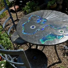 Viv's Garden Table and Chairs