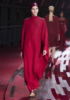 Site Officiel Valentino - Collection Shanghai Prêt à Porter Femme Valentino.