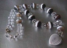 SUPERB VICTORIAN SCOTTISH BANDED AGATE & CUT  CRYSTAL HEART NECKLACE
