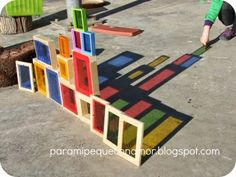 For my little one with love: Play with colored shadows. The post For my little one with love: Play with colored shadows. appeared first on Pink Unicorn. Reggio Emilia, Science Activities, Preschool Activities, Toddler Preschool, Block Area, Sensory Garden, Outdoor Classroom, Outdoor Learning, Preschool Classroom