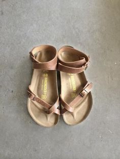 I might try this style of Birkenstock. Women's leather ankle wrap sandal Made in Germany Leather upper Cork base Sock Shoes, Cute Shoes, Me Too Shoes, Shoe Boots, Women's Shoes, Tan Sandals, Ankle Wrap Sandals, Flats, Summer Sandals
