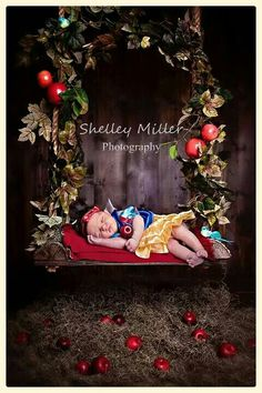 Disney inspired newborn Snow White photography session