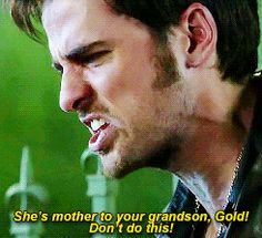 """She's the mother to your grandson, Gold! Don't do this!"" Hook - 4 * 8 ""Smash the mirror"""