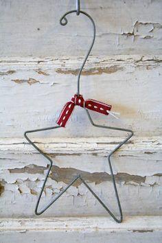 Weihnachts-Stern aus Draht-Kleiderbügel wire star made from coathanger