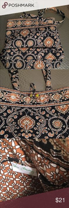 Vera Bradley Bucket Tote in Cafe Latte 14in Ready for anything.  Festive print, 3 inside pockets on one side. Gently used. Vera Bradley Bags Shoulder Bags