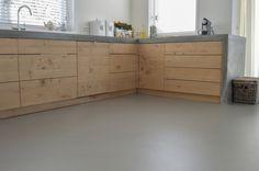 Wrap around counters Kitchen Interior, New Kitchen, Kitchen Dining, Kitchen Cabinets, Casa Hipster, Driftwood Kitchen, Küchen Design, House Design, Concrete Kitchen