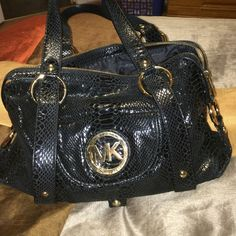 Black snake skin Michael Kors purse Black snake skin Michael Kors purse Michael Kors Bags Satchels