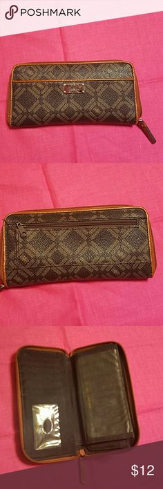 """Liz & Co. Wallet 7 1/2"""" by 4"""" women's wallet. Good shape.  2 zippered compartments. Checkbook insert. Zip around closure.   No cosmetic defects other than minimal scratches on front label plate. liz & co. Bags Wallets"""