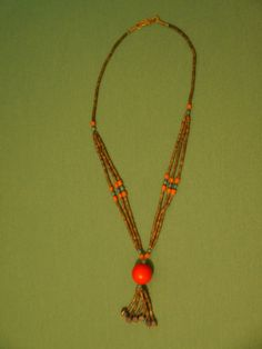 Special design handmade necklace./Spezielle Design handgemachte Halskette  In pristine condition and awesomely stylish.  Please let me know if