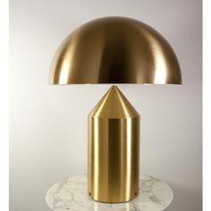 Oluce Atollo 50 Metal tafellamp. Het mooie van de Atollo lamp is dat hij een geometrisch vorm heeft waaraan je niks kan toevoegen en niks kan weghalen. @oluce #verlichting #lampen #tafellamp #design #Flinders
