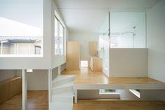 "architags: "" Flathouse. Tsurumaki House / 弦巻の家. Tokyo. Japan. photos: Takumi Ota """