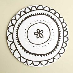 Aura-kakkualusta mustavalkoinen, pieni | Small Aura cake plate, black and white  | www.käpynen.fi