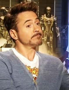 RDJ and his West Coast Avengers T-shirt
