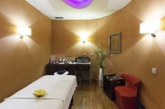 These seven tips will help ensure that you choose a massage office space that…