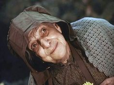 ''The Waltons: Beulah Bondi as Martha Corrine Walton in 'The Pony Cart' Sister-in-Law to Zebulon Walton, wife of his Brother Henry. Highpoint in the Series Born: Died: at 91 Hooray For Hollywood, Golden Age Of Hollywood, Classic Hollywood, Classic Tv, Timeless Classic, Beulah Bondi, The Waltons Tv Show, Walton Family, Richard Thomas