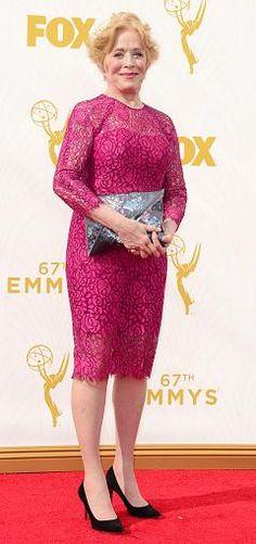 Mit 72 Jahren sagte Two and a Half Men-Schauspielerin Holland Taylor im Dezember 2015, dass sie eine Frau liebe. Ein spätes Coming-Out.Es ist die wunderbarste und außergewöhnlichste Sache, die mir in meinem Leben passieren konnte, sagte Taylor.