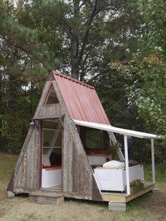 Impressive Tiny Houses - Small House Plans ~ cool video on the inside of this A-frame https://www.youtube.com/watch?v=fWQ8begkTAQ&list=UUoYe2YOpqspuGAOB1Epe7GA