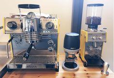 Puqpress & Dallacorte Mina 자동탬핑기와 에스프레소 머신(달라코르테 '미나') . . #puqpress#automatictamper#coffee#tamper#espressomachine#dallacorte#mina#coffeemachine#espresso#grinder#daily#photo#instalike#coffeelover#coffeeaddict#product#korea#barista#specialtycoffee http://ift.tt/1VbgBi2