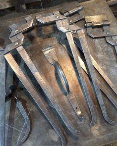Hinges and door latches. #housejewelry #blacksmith #hardware #doorhardware #madeincanada http://ift.tt/2qhCLHK