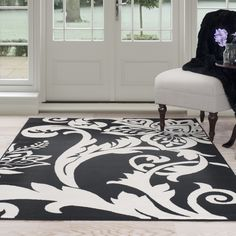Lavish Home Black/Ivory Floral Area Rug