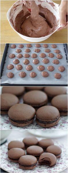 RECEITA FÁCIL de Macarons de Chocolate! Eu fiz e posso dizer: ficam DELICIOOOOSOS!!! (veja como fazer) #macarons #chocolate #macaronsdechocolate