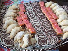 Ízőrző: Vásári kókusztekercs Rum, Sushi, Sausage, Meat, Ethnic Recipes, Food, Candy, Sausages, Essen