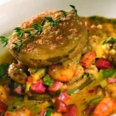 Crawfish With Fried Green Tomatoes Recipe. This is a delicious recipe with Louisiana crawfish tails, fried green tomato slices and a creamy vegetable sauce. Creole Recipes, Cajun Recipes, Fish Recipes, Seafood Recipes, Cooking Recipes, Louisiana Seafood, Louisiana Recipes, Southern Recipes, Southern Food