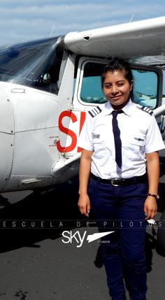 Al igual que Noemi tu también puedes formarte como #Piloto !   Información: info@skyecuador.com 04 600 8250 ( 0969063172 solo mensajes WhatsApp ) www.skyecuador.com