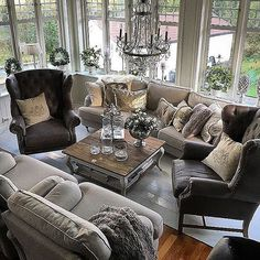 Credit: @laavebutikkenchristina THIS LIVINGROOM IS ABSOLUTELY STUNNING!