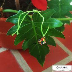 Golden cross decorated using quilling technique on an adjustable green cord bracelet  Cruz bañada en oro y decorada con Quilling montada en pulsera ajustable color verde manzana  Cod. FM077a  Price/Precio:  fmcbdesigns@hotmail.com  Follow us on / Síguenos en: @fmcbdesigns  #bracelet #pulsera #fmcbdesigns #art #arte #quilling #bisuteria  #jewelry  #caracas #venezuela #hechoamano #handmade
