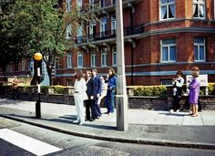 Never-before-seen images from the Beatles' Abbey Road photo shoot - MusicFIX Blog