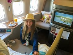Review of how luxurious it is to fly in Cathay Pacific first class