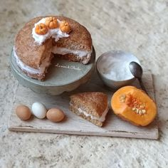 #miniature #food #minifood #pumpkin #cake #set #eggs
