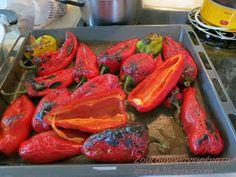 Ζουζουνομαγειρέματα: Γεμιστές πιπεριές Φλωρίνης με μανιτάρια και τυρί! Carrots, Appetizers, Stuffed Peppers, Snacks, Vegetables, Food, Appetizer, Stuffed Pepper, Essen