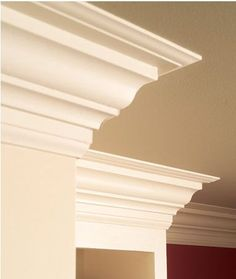 Increase the beauty and value of your home with crown molding. Learn how to install crown molding on your own with these easy steps. Estilo Craftsman, Craftsman Style, Home Improvement Projects, Home Projects, Home Renovation, Home Remodeling, Diy Kitchen, Kitchen Design, Country Kitchen