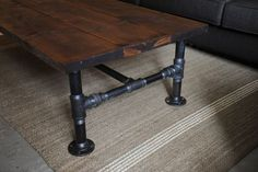 COOL DIY coffeetable made of plumbing pipes and reclaimed wood