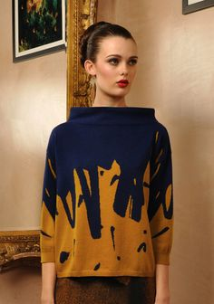 Glam Marks Knit (Col Mustard & Navy) by Antoni & Alison (I love sweaters w/ a neckline like this; I used to have a collection of vintage ones from thrift shops when I was in high school) Knitwear Fashion, Knit Fashion, Fashion Tips, Fashion Design, Womens Knitwear, Fashion Prints, Moda Crochet, Pull Bebe, Pullover