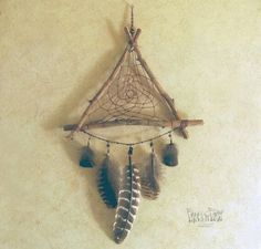 How to Make a Native American Dream Catcher Crafts To Do, Arts And Crafts, Diy Crafts, Dreams Catcher, Los Dreamcatchers, Craft Projects, Projects To Try, Crafty Craft, Wind Chimes