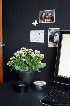 Our new black and white home office with flowers Nuestra nueva oficina blanco y negro con flores Casa Haus