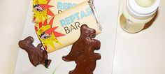 """Reptar Bars (from Nickelodeon's 90s show """"Rugrats"""") Recipe! // They'll turn your tongue green!"""