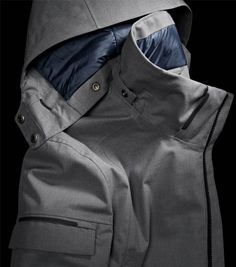 413d2f9336ed Limited Edition Luxurious Parka for cold cities and winter traveling.