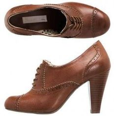 Brown derbies from Le Shopping de Marion - fashionable shoes sizes 41-45