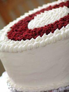 red velvet wedding cake | back to main cake pics red velvet see next large cake picture Red Velvet Birthday Cake, Red Velvet Wedding Cake, Best Red Velvet Cake, Bolo Red Velvet, Red Velvet Cupcakes, Red Cake, Red Wedding, Red Velvet Cake Decoration, Red Velvet Cheesecake Cake