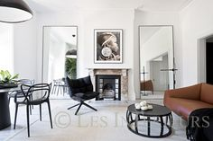 Love these mirrors from Pamela Makin | Les Interieurs