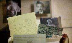 Albert Einstein's complete archives to be posted online -Him!